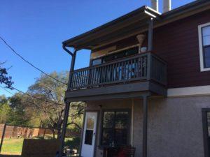 DERON'S LIVING ROOM East Austin Project 07