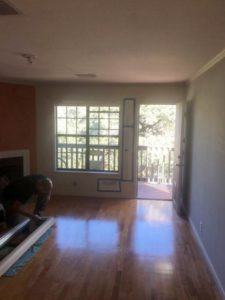 DERON'S LIVING ROOM East Austin Project 09