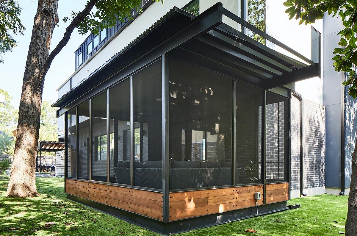 Dana's porch01 east austin carpenters project