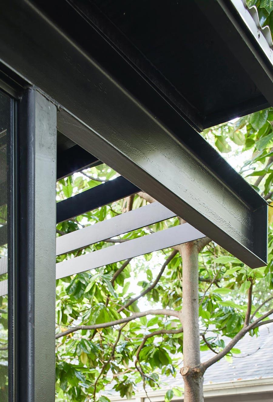 Dana's porch04 east austin carpenters project