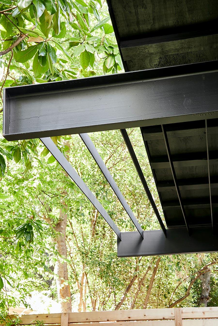 Dana's porch08 east austin carpenters project