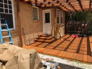 Mandi's Deck 02 East Austin Carpenters Project