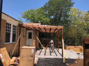 Mandi's Deck 07 East Austin Carpenters Project