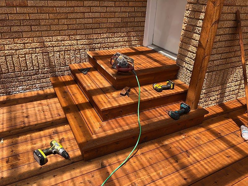 Mandi's Deck 08 East Austin Carpenters Project