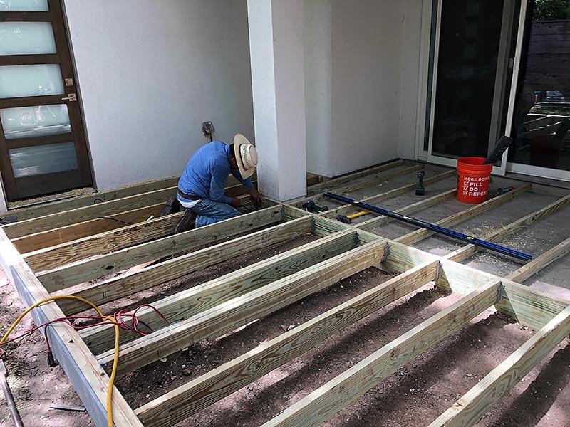 Ralph's Deck 02 East Austin Carpenters Project