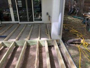 Ralph's Deck 08 East Austin Carpenters Project