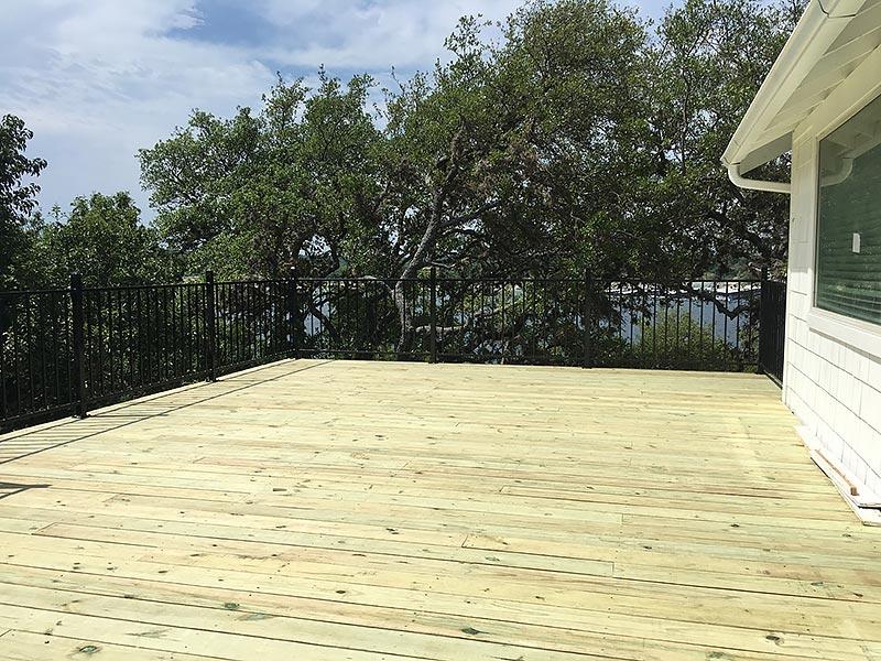 Sherry's Deck 05 East Austin Carpenters Project