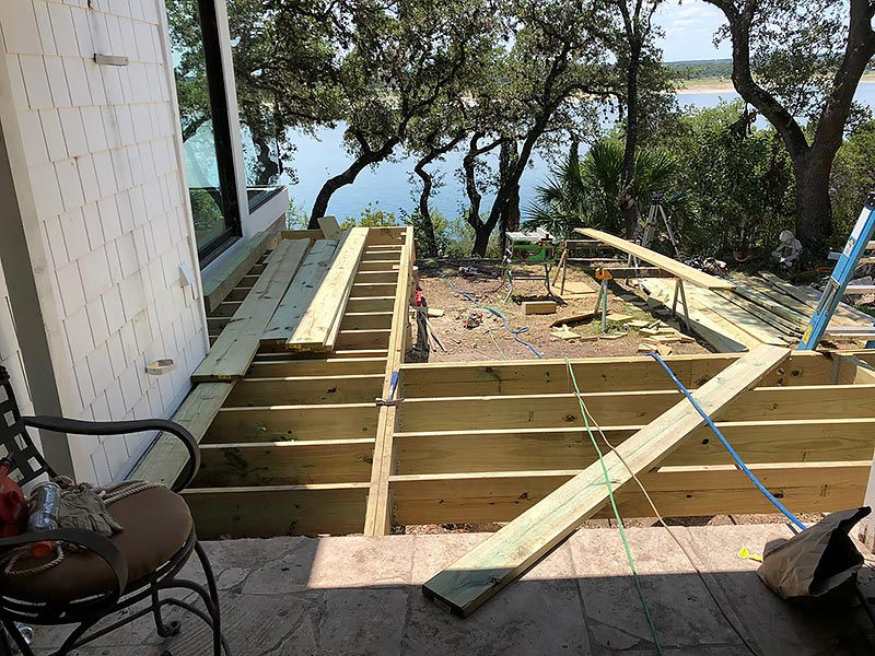 Sherry's Deck 08 East Austin Carpenters Project