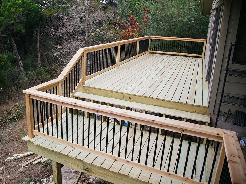 The Curran Family Deck Remodel East Austin Carpenters Project 00